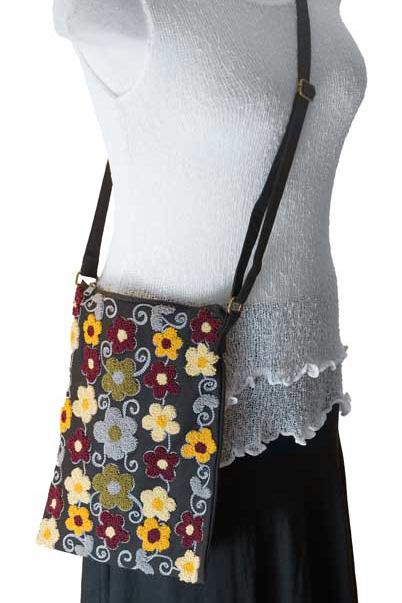 emrboidered purse
